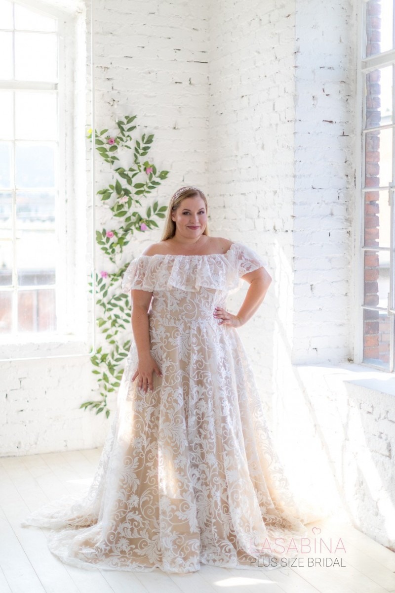 Fly By Night Wedding Inspiration Advice For Your Beautiful Inclusive And Affordable Wedding,Ready To Wear Wedding Dresses Canada